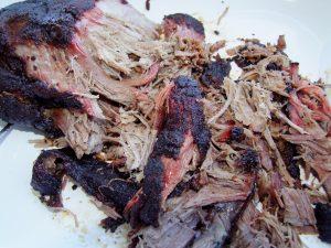 Ein zerlegtes Pulled Pork